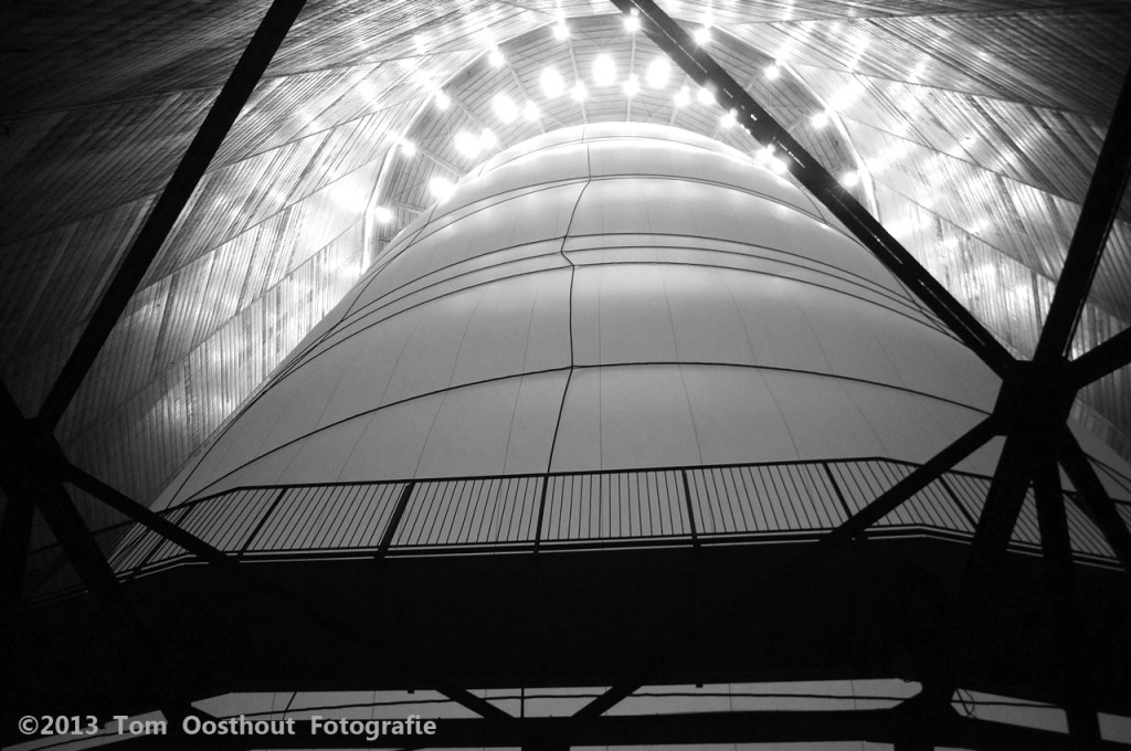 Christo big air Gasometer Oberhausen DSC06449 (8)fb zw
