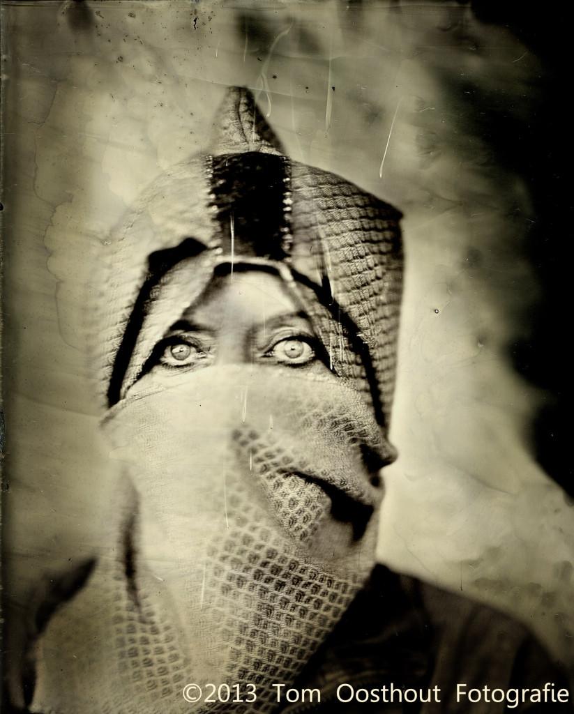 Ria met hoofddoek 9sec Kessel Scan-130924-0001fb2